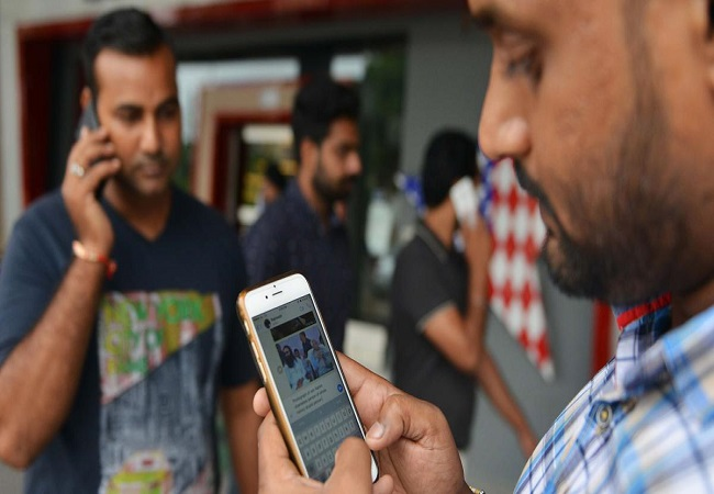 Average Indian spends over 1,800 hours a year on smartphone: CMR study