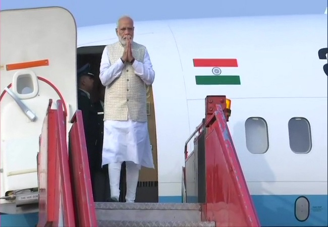 PM Modi arrives in Kolkata on his two-day visit to West Bengal