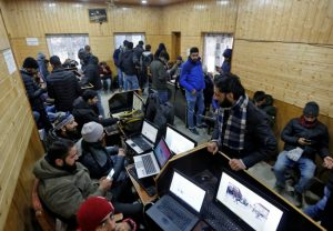 2G mobile internet, broadband services restored in Kashmir