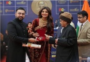 Shilpa Shetty gets 'Champions of Change' award for Swachh Bharat Abhiyan