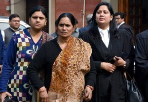 Nirbhaya's mother thanks President for rejecting convict's mercy plea