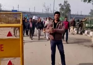 Shaheen Bagh protesters remove barricades to allow funeral procession to pass