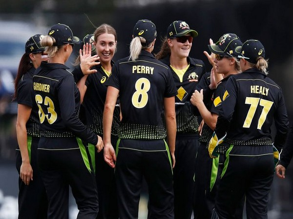 Women's Tri-series: Jess Jonassen's fifer guides Australia to win over India in final