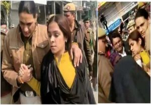 Burqa-clad political analyst 'caught' at Shaheen Bagh, protesters claim she was filming them