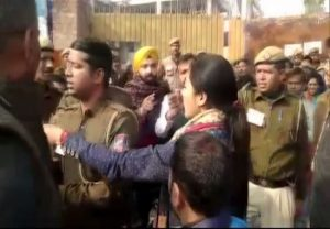 Watch: Congress' Alka Lamba tries to slap AAP worker at polling booth
