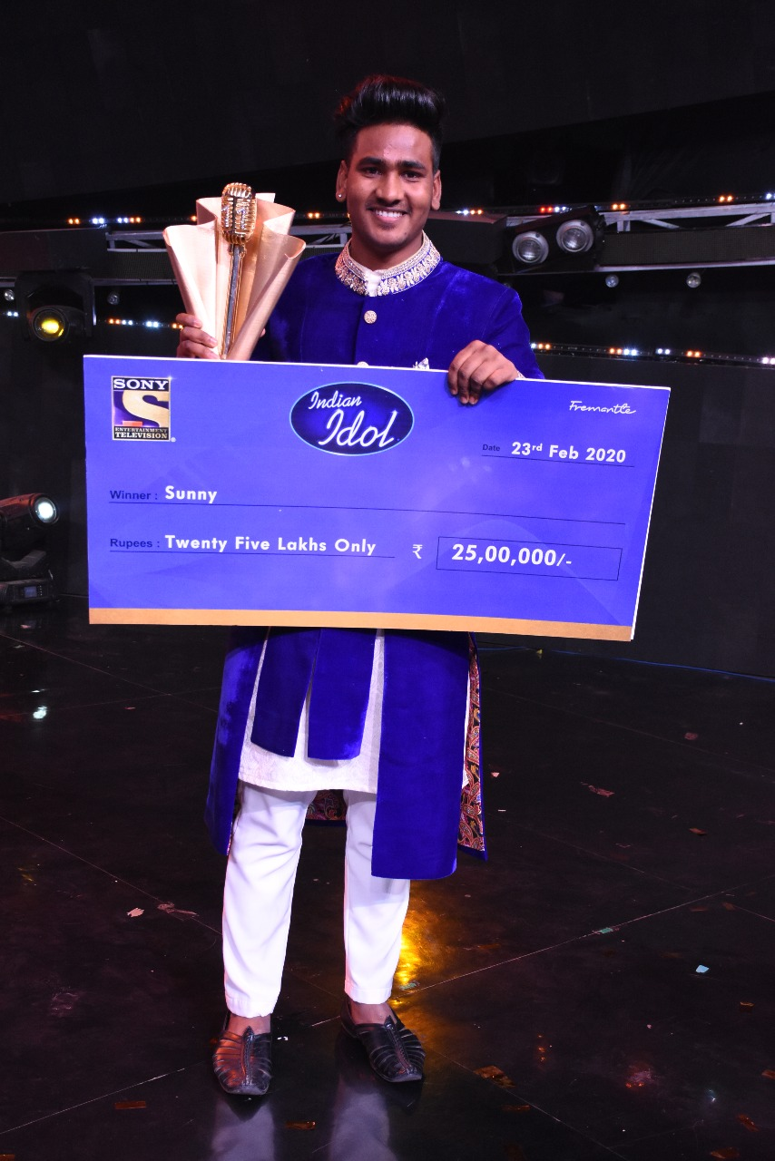 Image result for Indian Idol 11 winner: Sunny Hindustani from Punjab lifts the trophy