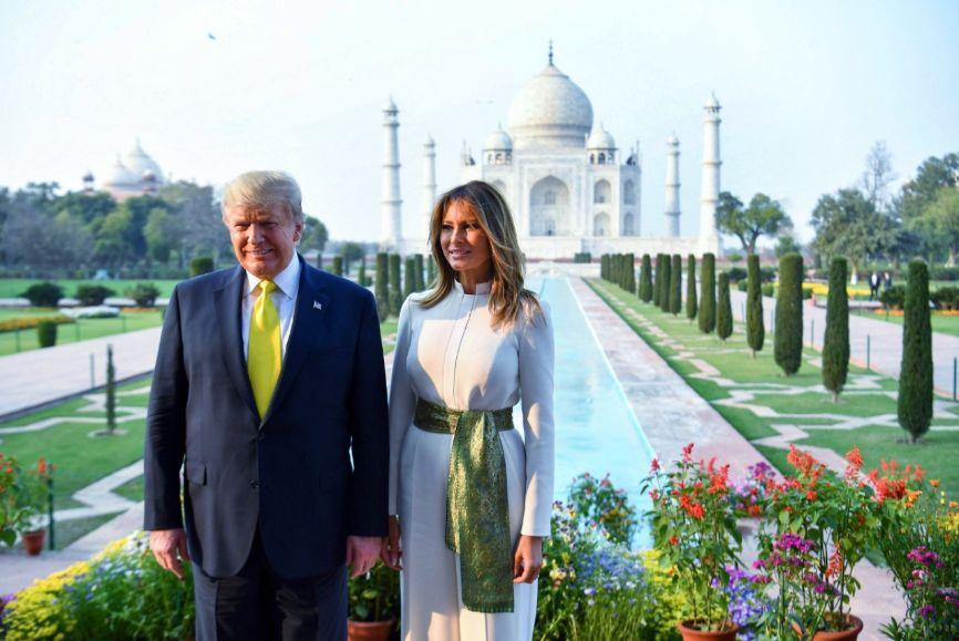 Trump, Melania - Taj Mahal