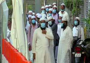 Wearing face masks compulsory in Delhi, See LIST of 25 declared hotspots here