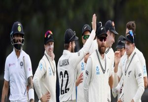 New Zealand bowlers rattle Indian batters on day two of second Test