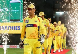 MS Dhoni gets heroes welcome in Chennai ahead of IPL 2020