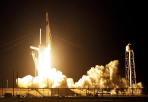 SpaceX to launch three space tourists to ISS next year