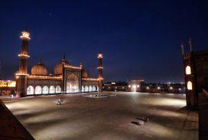 Deserted view of the illuminated Jama Masjid on the eve of Ramadan | See Pics