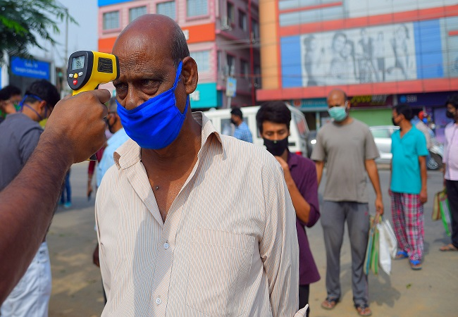 Coronavirus cases in India rise to 29,974; no new cases in 17 districts in 28 days