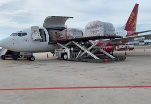 SpiceJet operates cargo freighter to Ho Chi Minh City carrying medical supplies
