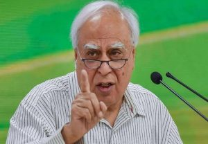 "Rahul Gandhi says ""we are colluding with BJP"": Kapil Sibal"