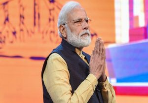 """Powerhouse of talent"": PM Modi condoles Rishi Kapoor's demise"
