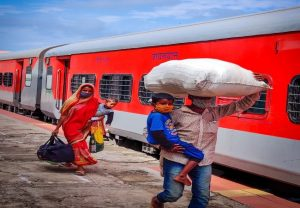 Shramik special train left Ashokapuram with 466 passengers for Guwahati