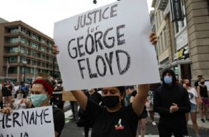 George Floyd death: Violent clashes outside White House, protests erupt in many US cities