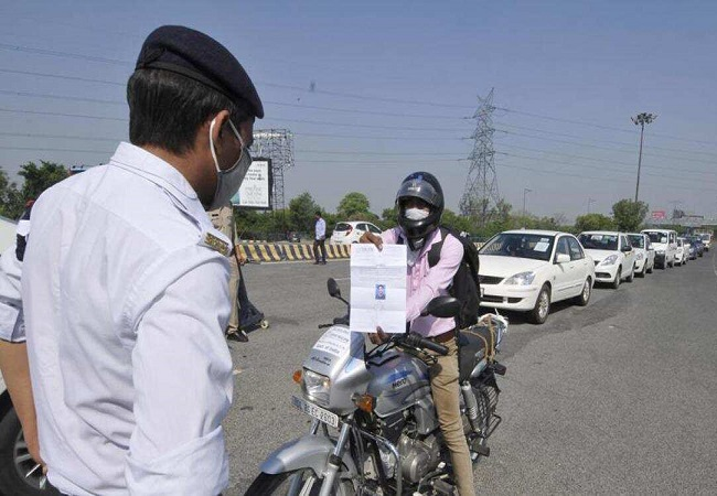 UP Police allowing only vehicles with movement passes to enter Noida, informs Delhi Police