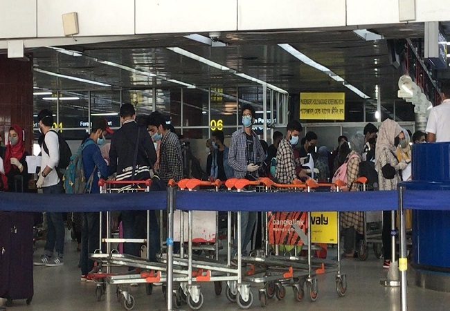 Day 2 of Vande Bharat Mission: 5 Air India repatriation flights to arrive from Singapore, B'desh, Middle East