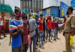 Stranded migrant labourers protest at sivananda colony in Coimbatore district