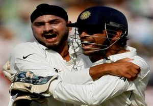 Dhoni a 'shy guy', started opening up after 2008 Sydney Test: Harbhajan Singh