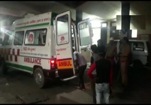 15 injured after bus carrying migrant labourers overturns in UP's Prayagraj