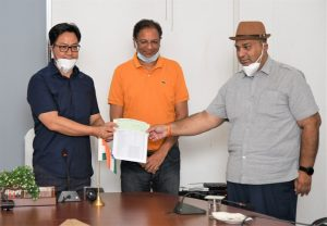 COVID-19: IOA hands over cheque of Rs 2 cr to Rijiju for PM-CARES Fund