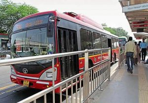 Delhi HC issues notice to Centre, Delhi govt over direction to permit operation of public transport in districts