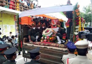 Mortal remains of Colonel Santosh Babu taken for last rites