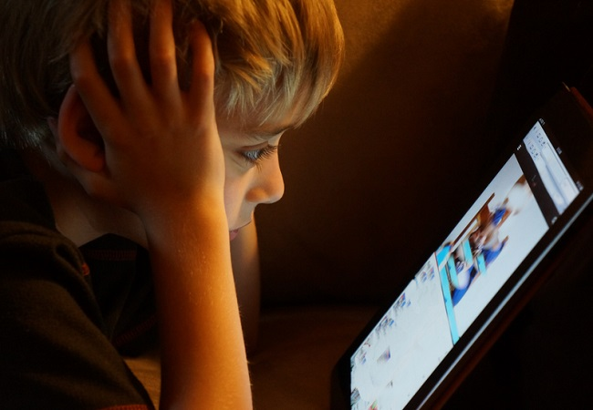 Screen time does not affect social skills of newer generations: Study