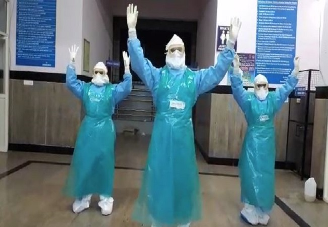 In Bengaluru's Victoria hospital, doctors take to 'happy dancing' to keep Covid-19 stress away