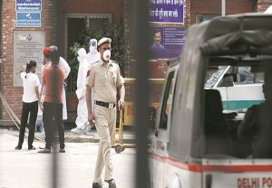 Five Delhi Police personnel from Anand Parbat area test positive for COVID-19