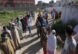 Pakistan 3rd riskiest country in the world for Coronavirus, WHO calls for new lockdown