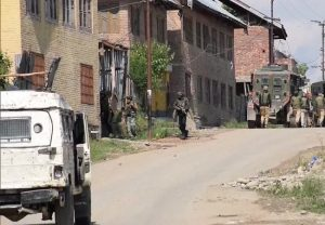 J-K: 3 JeM terrorists gunned down by security forces in Pulwama encounter