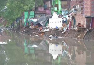 House collapses in Delhi's Anna Nagar due to heavy rainfall