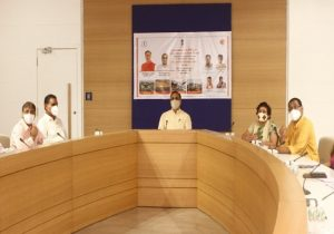Gujarat CM reviews Covid-19 situation in Surat, meets administrative officers & doctors