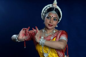 Paying tribute to Galwan martyrs: Odissi dancer to organize digital dance-song contest for children