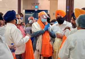 First batch of 11 Afghan Sikhs arrive, say atmosphere of fear prevails there