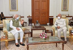 PM Modi meets President Kovind, briefs him on issues of national and international importance