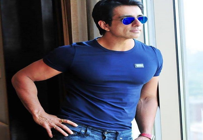 On birthday, Sonu Sood announces 3 lakh jobs on his 'Pravasi Rojgar' portal