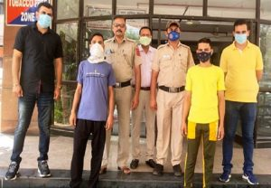 Delhi Police cracks blind murder case in 24 hours, 2 accused nabbed; weapon, mobile phone recovered