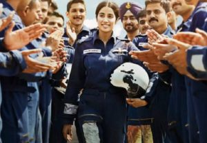 'Gunjan Saxena: The Kargil Girl' gets mixed reactions, Hrithik says 'cried my eyes out'