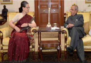 """His life mirrors 50 years of the history of India"", writes Sonia in letter to Pranabda's daughter Sharmistha"
