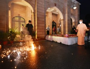 CM Yogi celebrates 'deepotsav', lights firecrackers ahead of Ram Temple bhoomi pujan