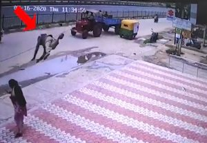 Viral Video: Bengaluru auto driver comes flying and crashes into woman