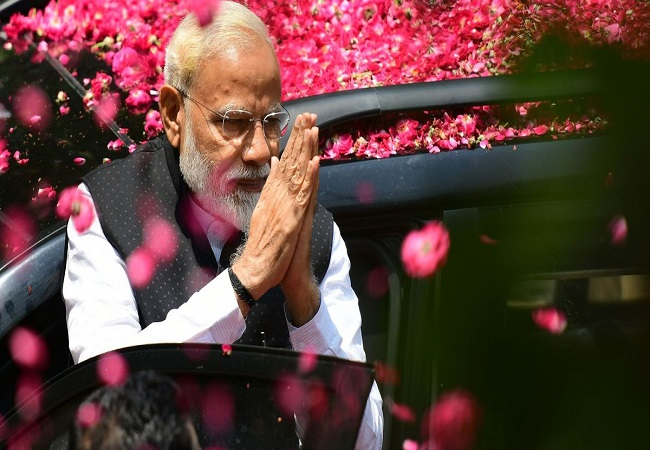 M Modi is the first longest-serving Indian prime minister of non-Congress origin, surpassing Atal Bihari Vajpayee.