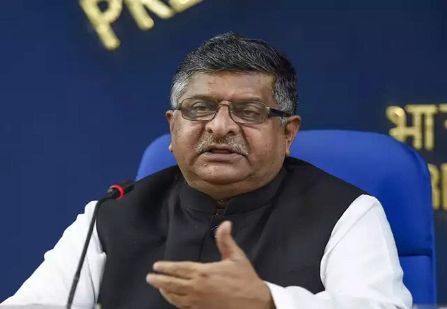 Ravi Shankar Prasad isolates himself after meeting Amit Shah