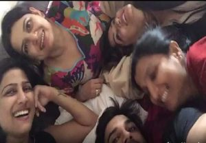 Sushant Singh Rajput and his four sisters having great time in this VIDEO