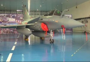 """Rafale formally inducted in the IAF; Aircraft to be part of 17 Squadron, the """"Golden Arrows"""""""